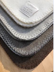 Wolldecken aus Schafschurwolle von Wollzeit
